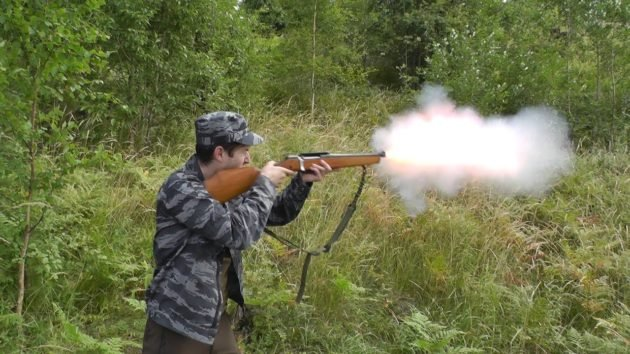 У дымных сортов сильная отдача и громкий выстрел