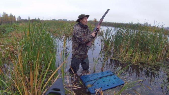 Болотные сапоги часто используются для охоты на дичь
