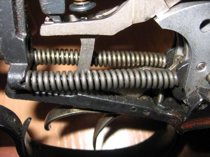 Спусковой механизм ружья ИЖ-94